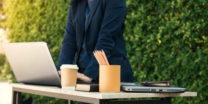 business-coffee-computer-601171